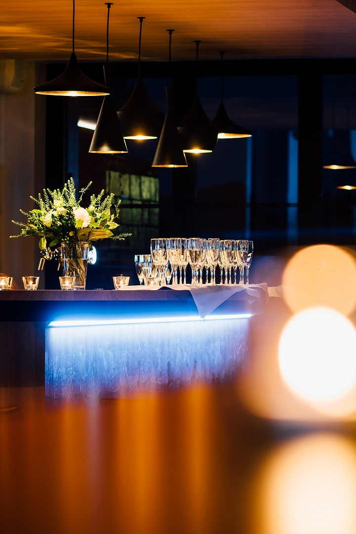 Sfeerfoto voor architecten bureau Leen Van Lommel bij de uitbreiding van feestzaal de Casteleer in het centrum van Kasterlee
